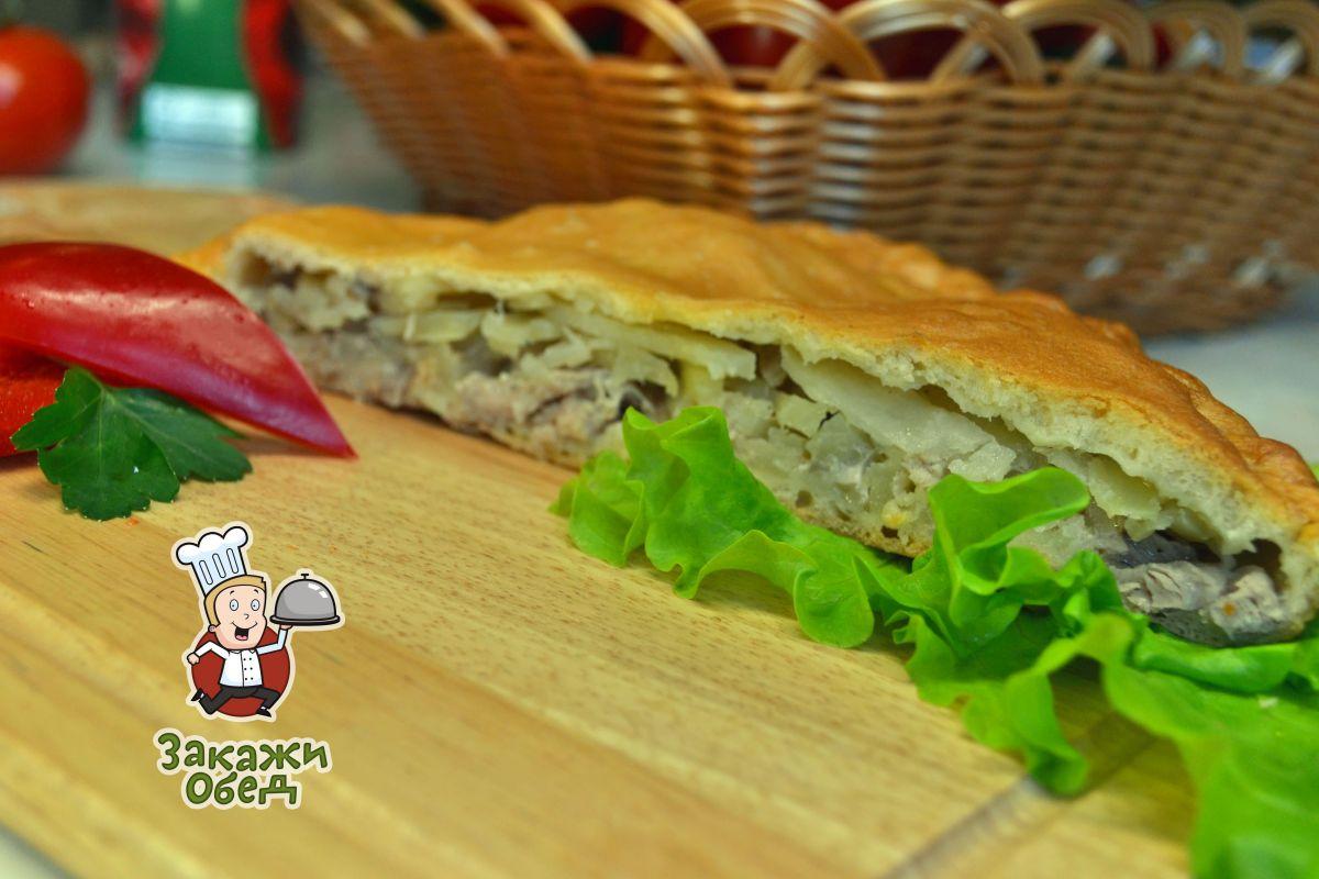 Пирог из слоеного теста с картофелем, мясом (2,4 кг.)